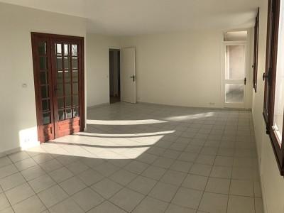 APPARTEMENT T3 A LOUER - LYON 5EME ARRONDISSEMENT - 67,39 m2 - 850 € charges comprises par mois