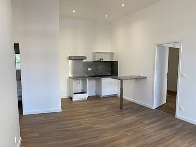 APPARTEMENT T3 A LOUER - LYON 4EME ARRONDISSEMENT - 57,14 m2 - 917 € charges comprises par mois